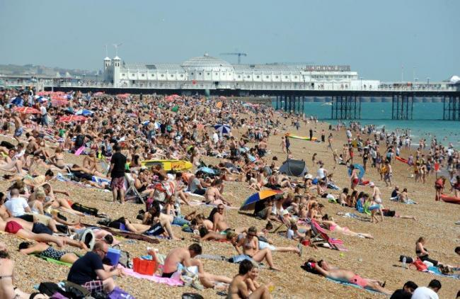 United Kingdom  likely to see above-average temperatures until October